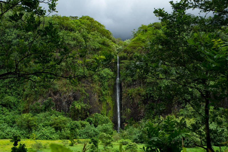 Exploring and hiking in the Papenoo Valley, Tahiti, French Polynesia