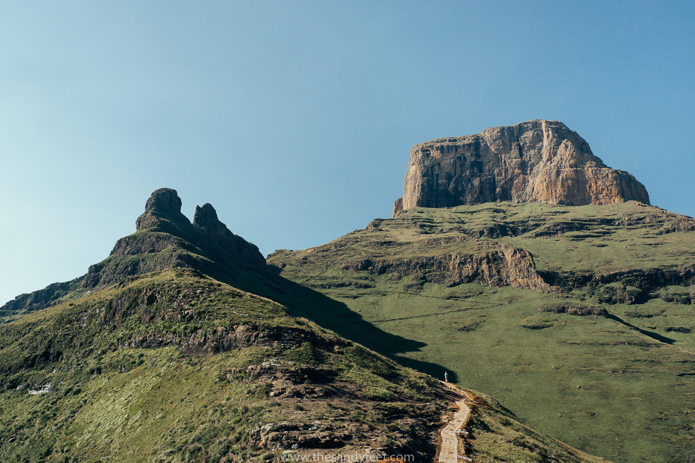 Hiking The Amphitheatre Trail In The Drakensberg | The Amphitheatre Hike To Tugela Falls